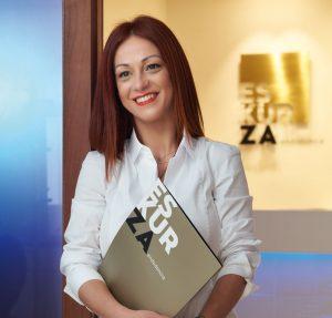 Vanessa Valverde, organiza cursos para endodoncistas en Bilbao
